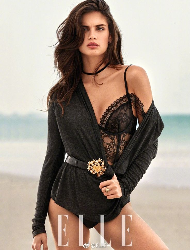 Sara Sampaio sizzles on the October 2017 cover of ELLE China. Photographed by Alexei Hay, the Victoria's Secret Angel smolders in an embroidered Dolce & Gabbana jacket with black lingerie. Stylist Stephanie Zhuge dresses the brunette in sexy lingerie looks while posing on the beach. The Portuguese stunner was recently confirmed to walk the 2017...[Read More]