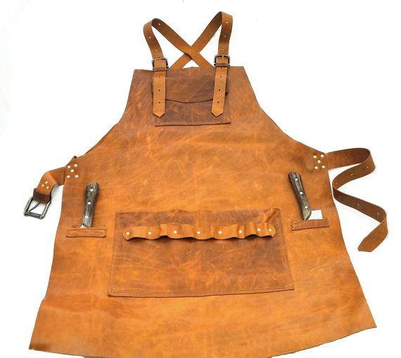 Delantal de cuero en cuero italiano rubio con doble bolsillos