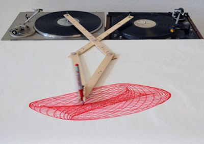 Turntable drawing machine. It's like a turbo spirograph!: Drawing Apparatus, Turntable Drawing, Ideas, Drawings, Inspiration, Art