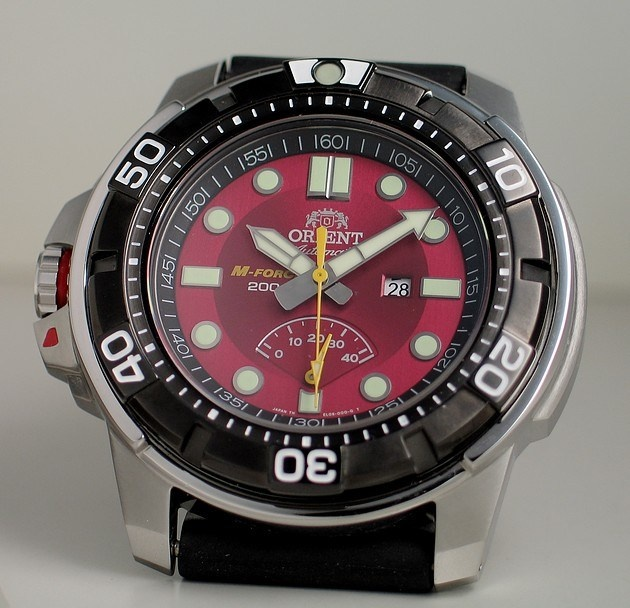 Orient M Force Red From Yeomanu0027s Watch Review | Tough Times Donu0027t Last