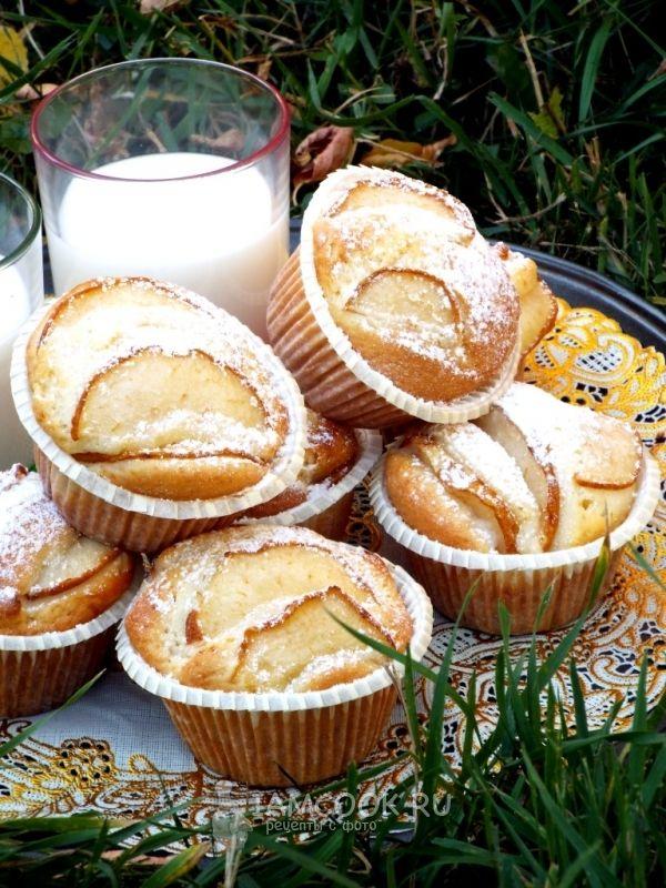 Фото нежных кексов с грушей