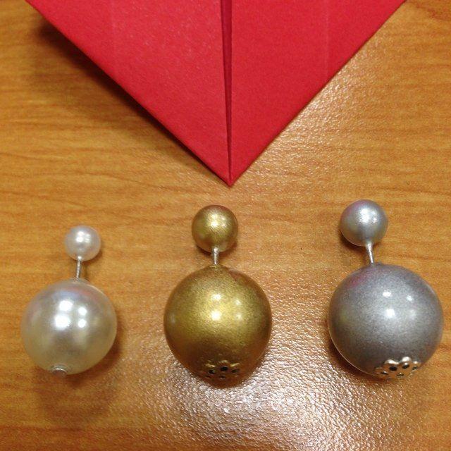 Dior Earrings  Small/Big White/Gold/Silver  2 Misure: Piccoli/Grandi (misura originale Dior) Bianco/Oro/Argento