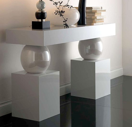 27 Dramatic Console Tables By Taylor Llorente. Contemporary ...
