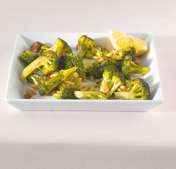 Rezept für Gebratener Brokkoli bei Essen und Trinken. Ein Rezept für 2 Personen. Und weitere Rezepte in den Kategorien Fisch, Gemüse, Gewürze, Beilage, Braten, Dünsten, Einfach, Schnell.