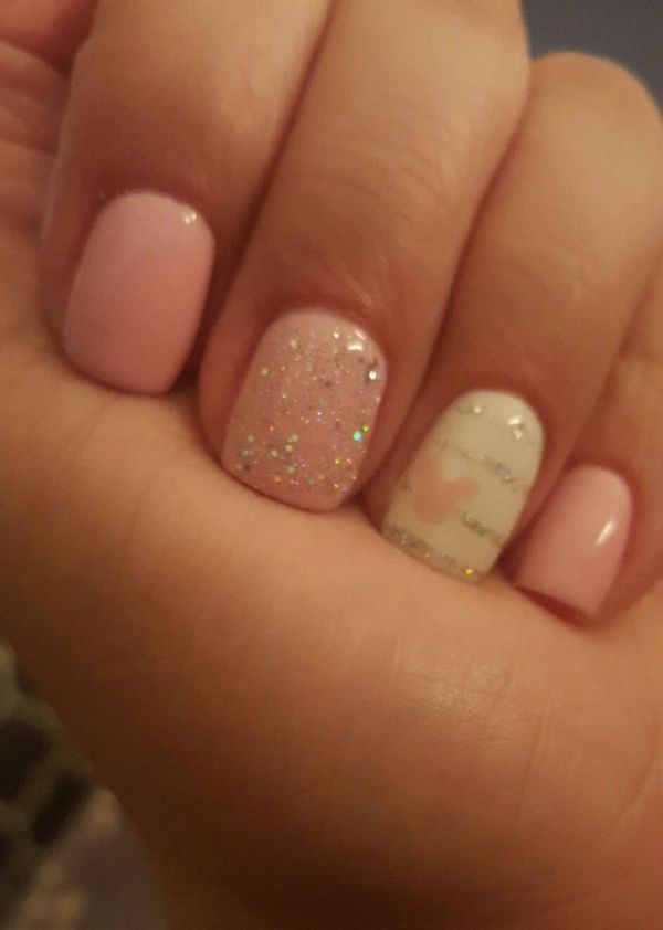 Disney nails, pink! by monika.zajac.5070