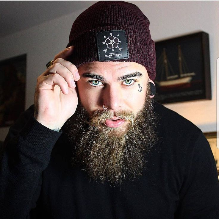"1,930 mentions J'aime, 13 commentaires - Beard & Beast (@beardandbeast) sur Instagram: ""Admin : @hey_oh_alex insta 2 : @inkandbeast . model :@mr_johnny_darko Promotions , collaboration…"""