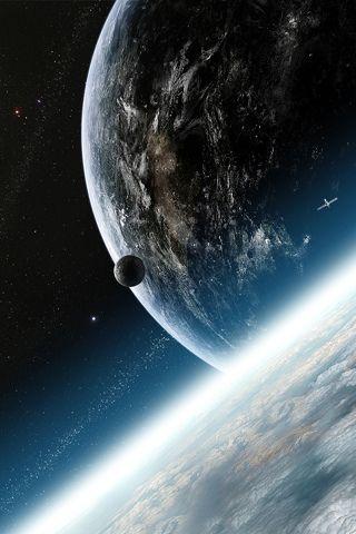 Planeta Tierra. Su nombre deriva del latín Gea, deidad griega de la femineidad y la fecundidad. Es el más denso de los planetas del Sistema Solar.