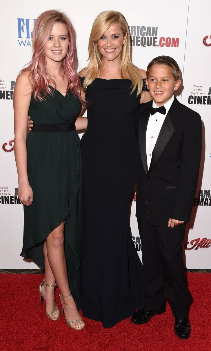 """Reese Witherspoon Opens Up About Her Kids, Says Daughter Ava Is """"So Much Cooler"""" Than Her"""