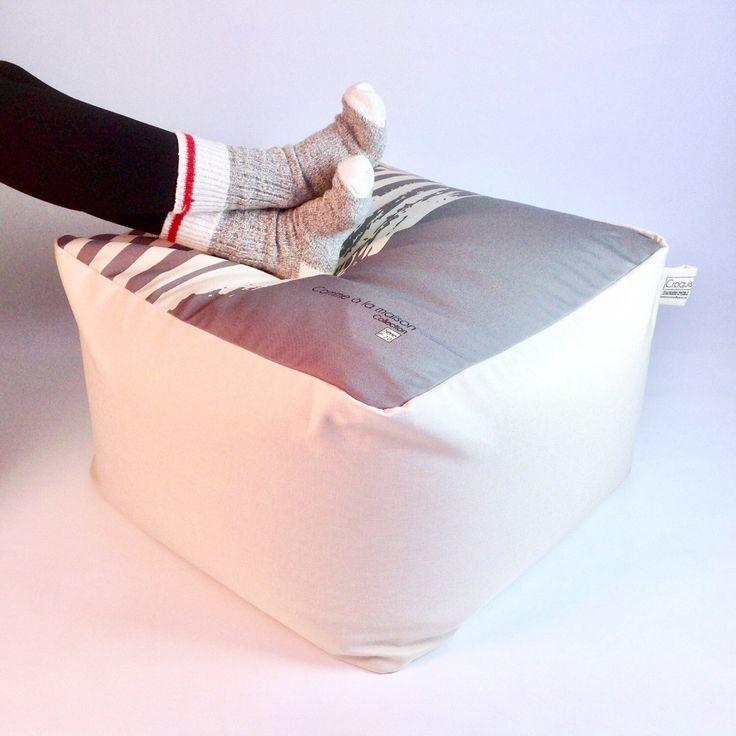 Le chouchou de ma boutique https://www.etsy.com/ca-fr/listing/514169203/pouftissu-lavable-et-dehoussable-tissu