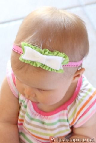 ruffle under felt bow...cute headband idea!