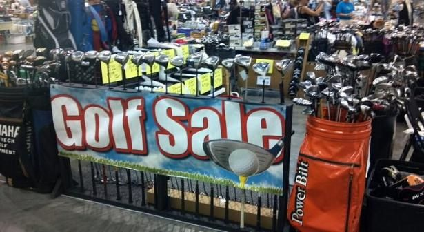 Golf clubs on sale, buy golf clubs online available at Monark Golf. Cheap golf clubs, golf heads, best golf drivers, hybrid golf club set and golf club driver available with heavy discount rates. Call: (877)-551-4653