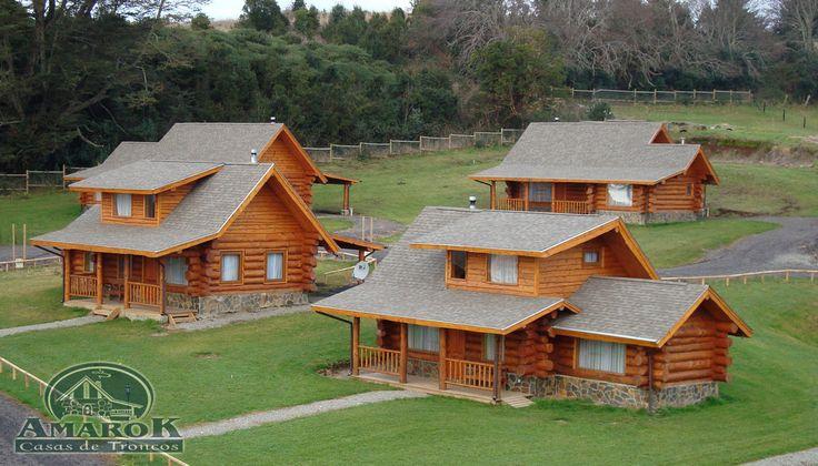https://flic.kr/s/aHsjC5nYup | AK10 y AK15 Cabañas Puerto Varas (CatP) | Obras 2009 de 748 m2 totales aproximadamente.  Casas de Troncos Artesanales (Log Homes Handcraft).  Sector Ensenada, Puerto Varas, X Región de Los Lagos, Chile.  Estas 10 cabañas a orillas del Lago Llanquihue, suman en total casi 750 m2 aproximadamente; fueron construidas artesanalmente en serie y diseñadas con base en nuestros Modelos de Casas Tipos Woodland y Golden Lake. Las inclemencias del tiem...