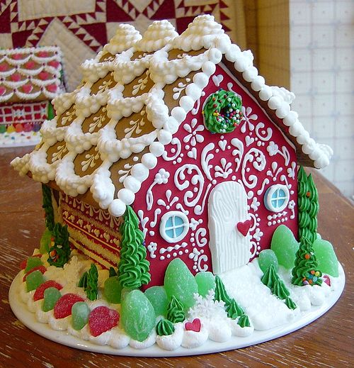 Sassybeautimus does beautiful gingerbread houses