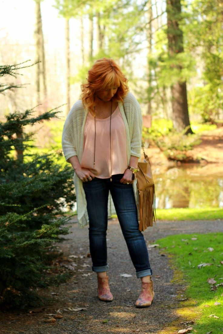 Fashion Fairy Dust style blog: cocoon cardigan, fringe clutch, floral ankle boots