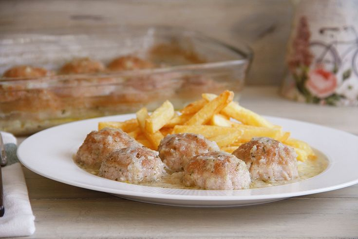 Albóndigas de pollo con almendras | Recetas Thermomix | MisThermorecetas
