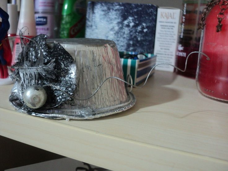 How To Make Your Own Hat Headband  •  Free tutorial with pictures on how to make a top hat in under 60 minutes