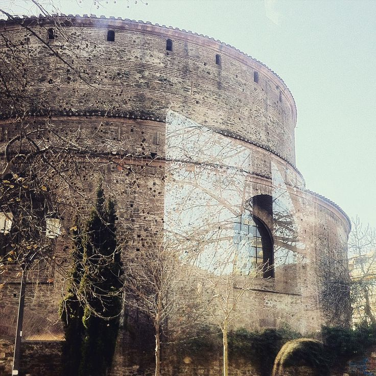 The unique Rotunda of Thessaloniki. Walking Thessaloniki app, Route 04 - Galerius (Download for FREE) #travel #guide #Greece #Roman #Byzantine #Church #Temple