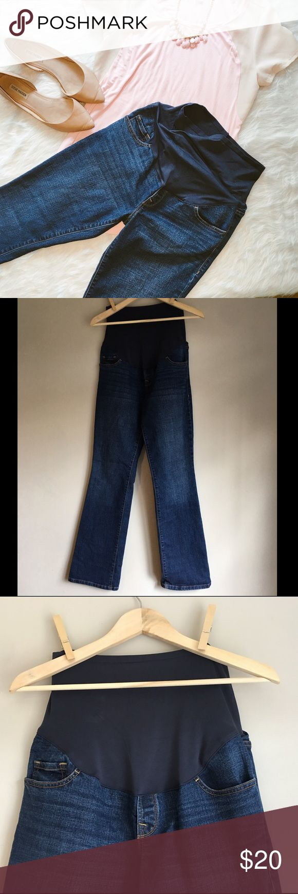Old Navy Full Panel Maternity Jeans 8R Old Navy full panel maternity jeans. Dark Blue. Size 8 regular. Only worn a few times. Super comfortable. Relaxed fit. Boot cut. Old Navy Jeans Boot Cut