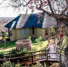 If you need an adventure, go and stay at the Makumu Game Lodge ;)