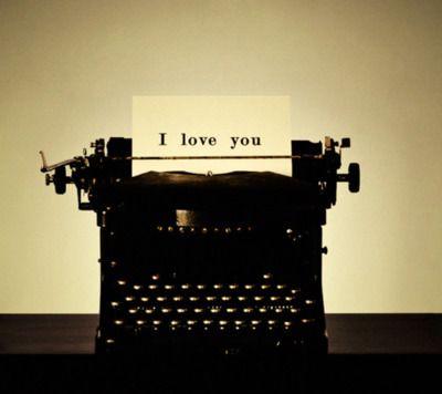 Vintage Typewriter for Sale!!! -  Ahuva