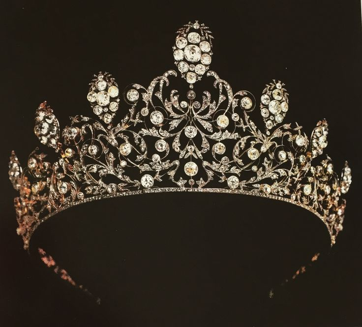 Diamond Tiara - Princess Pauline Borghese