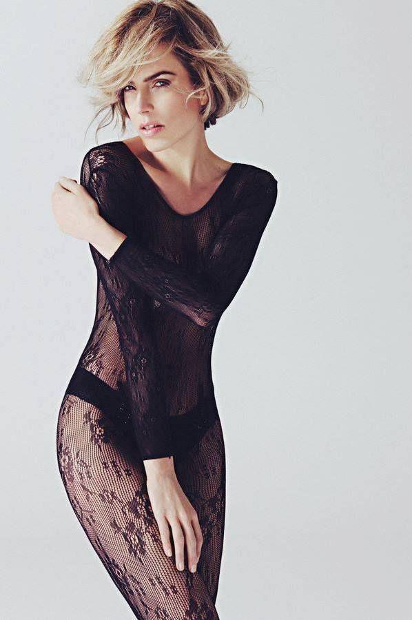 Fotograaf:Michel  Zoeter Model:Ceylin de Jong Styling:Sylvia Harding
