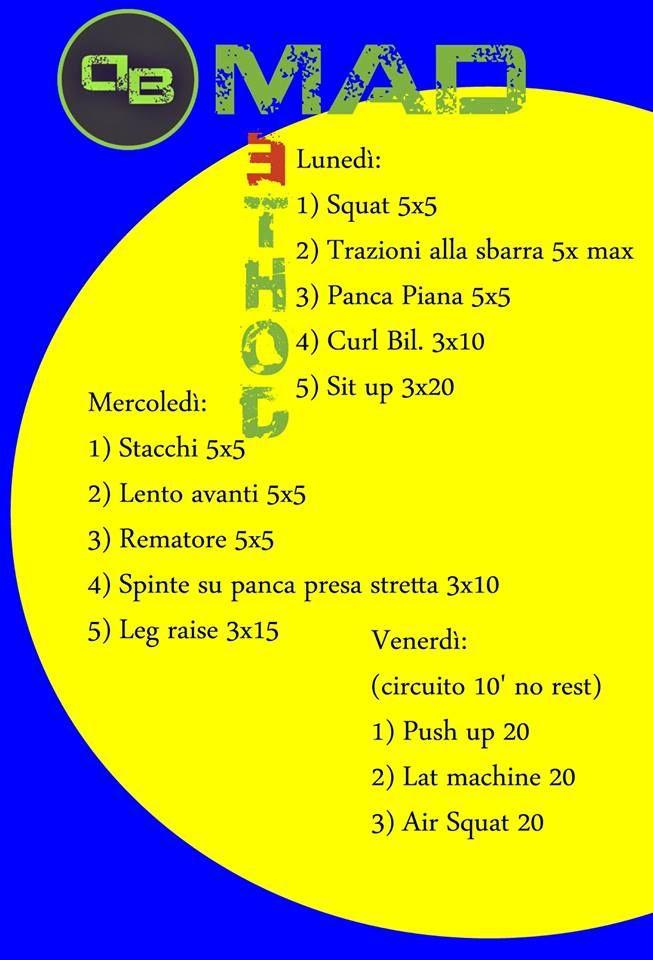 Non servono molti esercizi per costruire un buon corpo e non serve nemmeno allenarsi tutti i giorni, è molto più importante concentrarsi sui fondamentali e sulla tecnica di esecuzione. www.danielebertaggia.it #workout #fitness #personaltrainer
