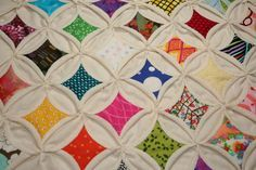 Picture of Cathedral Windows Quilt Squares http://www.instructables.com/id/Cathedral-Windows-Quilt-Squares/?ALLSTEPS