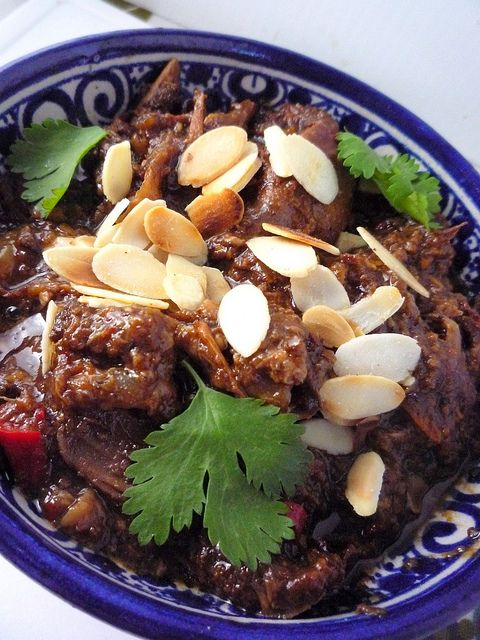 Persian Chicken Stew with Pomegranate and Almonds by Girl Interrupted Eating, via Flickr