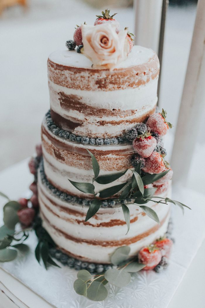 Winter naked wedding cake | Image by Portraits By Lucy
