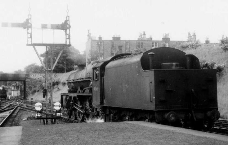 Jubilee class Raleigh at LArgs
