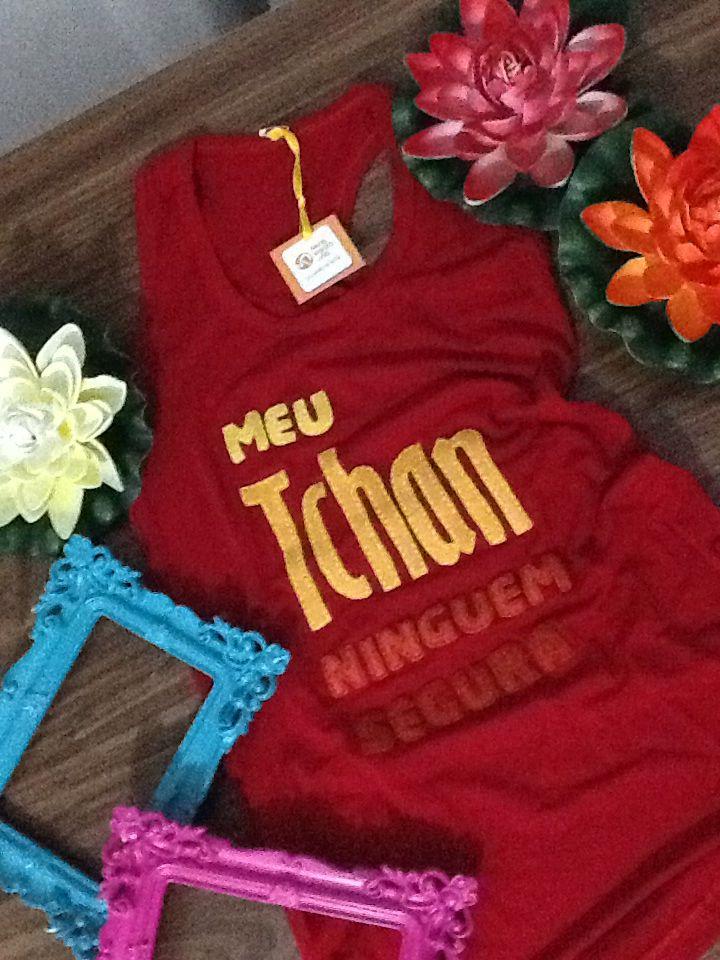 Camiseta com estampa em feltro Feito a mao Meu tchan ninguém segura