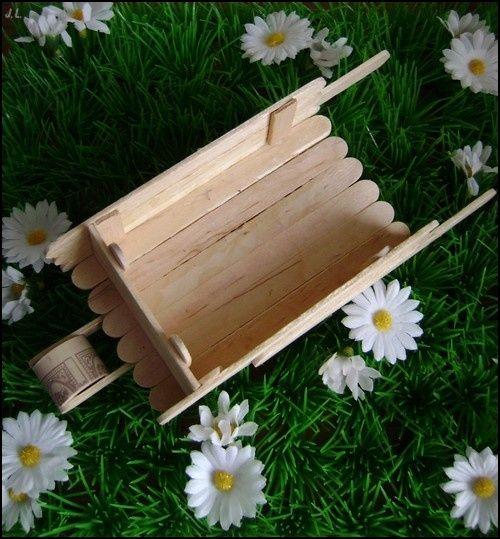les 25 meilleures id es concernant d cor de brouette sur pinterest planteur de brouette. Black Bedroom Furniture Sets. Home Design Ideas