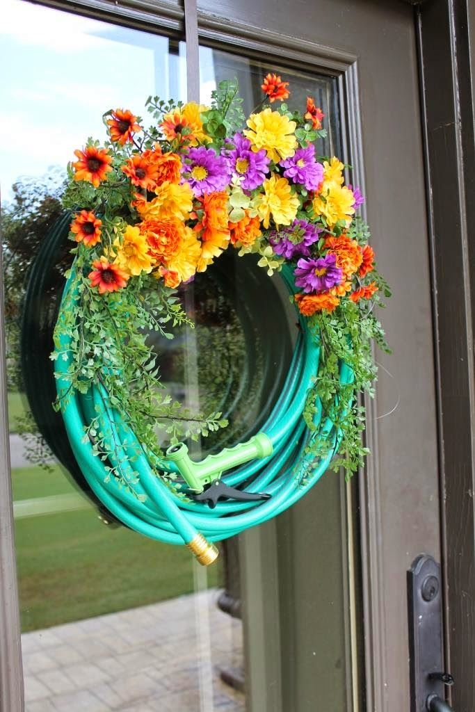 Tips For Making A Garden Hose Wreath