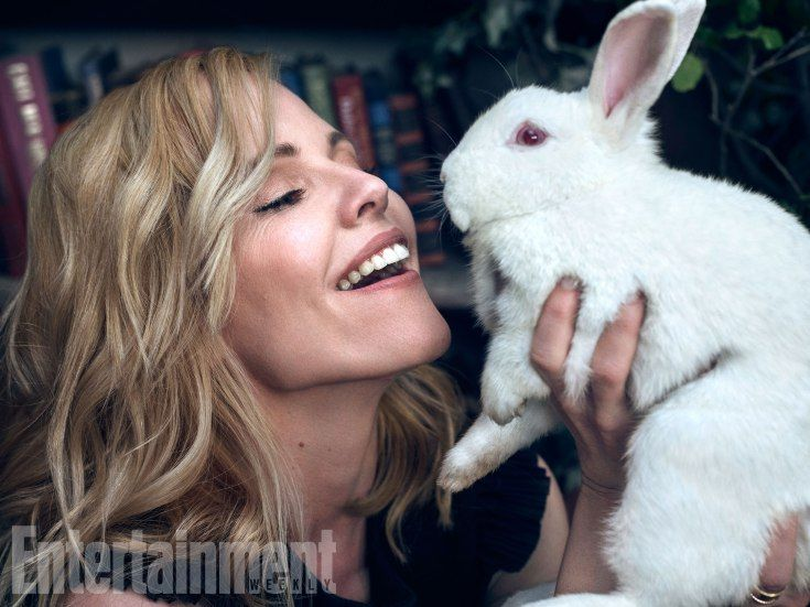 Emma Caulfield (Anya) /// oh my god they brought in a bunny