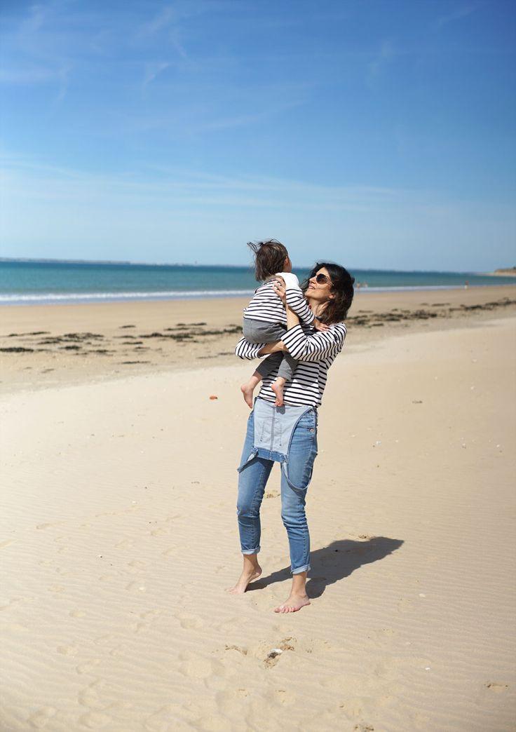 La marinière de mère en fille: marinière femme Saint James et salopette slim en jean / marinière enfant Armor Lux