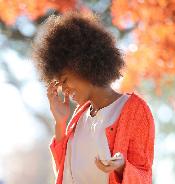 Pente garfo é uma ferramenta simples de usar e indispensável na penteadeira de quem adora os cabelos crespos com volume. | All Things Hair - Dos especialistas em cabelos da Unilever