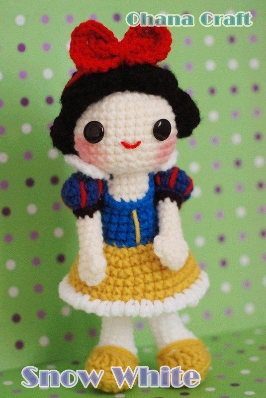 """Snow White crochet amigurumi PDF pattern"""