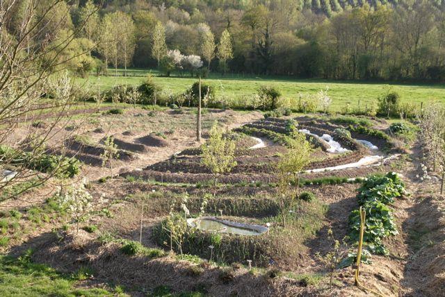 70 best images about jardins mandala spirales on for Jardin mandala