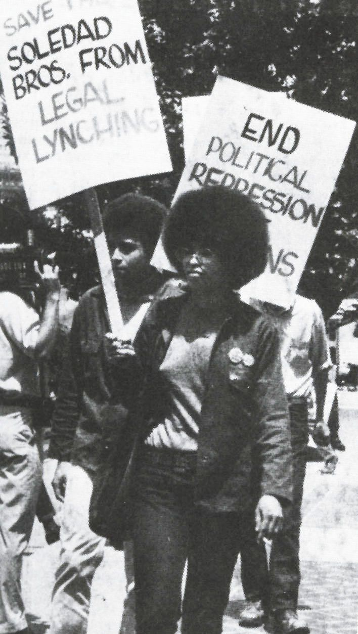 Angela_Davis_&_Jonathan_Jackson_-_Black_Panther_Party.jpg 708×1.254 píxeles