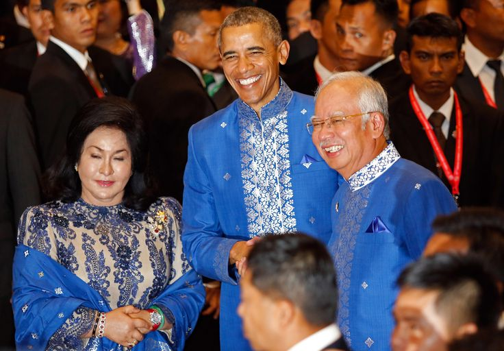 #US #44thPresident #BarackObama poses for photographers with #Malaysian Prime Minister Najib Razak, and Najib's wife Rosmah Mansor as he arrived for the Gala Dinner at the Association of Southeast Asian Nations (ASEAN) summit in Kuala Lumpur, Malaysia, Saturday, November 21, 2015 #BarackObama #ObamaHistory #ObamaLibrary #ObamaLegacy Obama.org