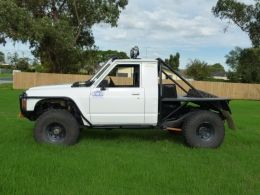 1989 Nissan Patrol GQ Extra Cab by BOOSTED GQ http://www.truckbuilds.net/1989-nissan-patrol-gq-extra-cab-build-by-boosted-gq