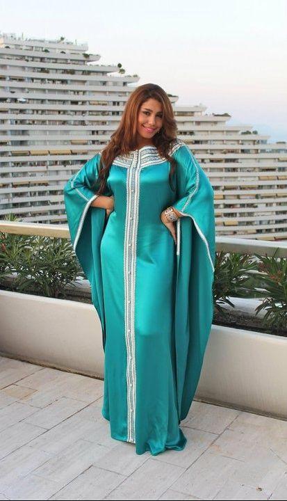 Coup de coeur : Les caftans de la chanteuse Houda Saâd
