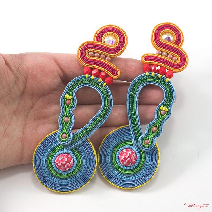 Folk earrings