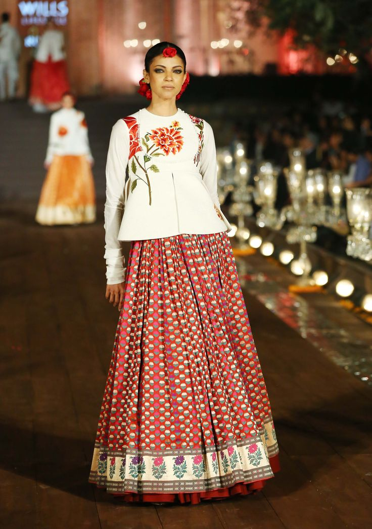 17 Best Images About Rohit Bal Spring Summer 2015 On