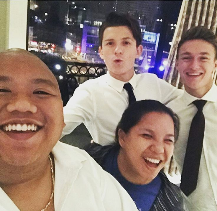 Jacob Batalon, his sister, Tom Holland, & Harrison Osterfield after the Spidey Hoco premiere