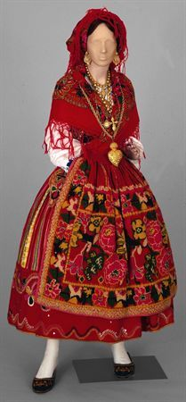 Traditional washerwoman dress, Portugal