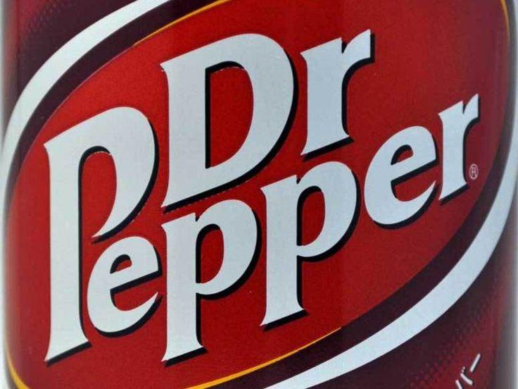 ドクターペッパー(ドクペ)はコカ・コーラより1年早い1885年に誕生した、独特の香味で好みの分かれる炭酸飲料です。巷では「まずい or おいしい」、「あの薬っぽい味がクセになる」なんて話もよく聞きます。ドクペをあまり知らないというあなたもこれを読めばドクターペッパー通!