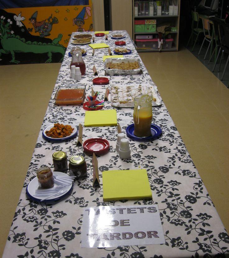 Escola El Far d'Empordà. Tastets de tardor. Curs 2013-14.