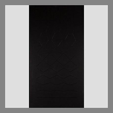 Matti Kujasalo: Mustaa mustalle, 1977, öljy, liimattu levylle, 113x61 cm - Bukowskis
